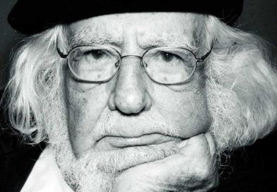 Ernesto Cardenal, poeta inmenso, amigo impagable.