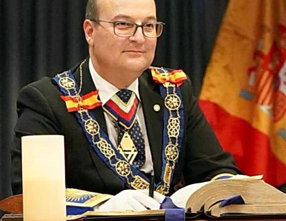 El Gran Maestro de la Gran Logia de la masonería española, en Huelva